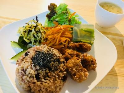 une-kitchen(ウネキッチン)